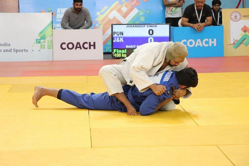 Gold medallist Jobandeep Singh (Pun) in action during Boys U-21 below-100kgs match at Khelo India Youth Games