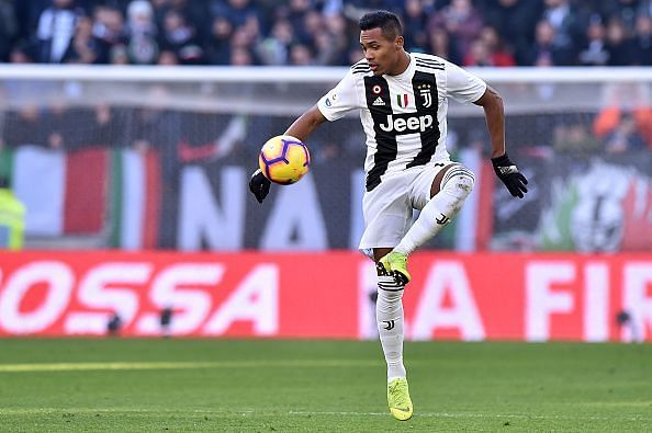 Alex Sandro may be welcoming a new rival soon