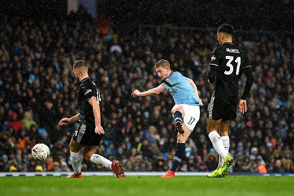 Kevin De Bruyne and Manchester City demolished Burnley 5-0 in the previous round