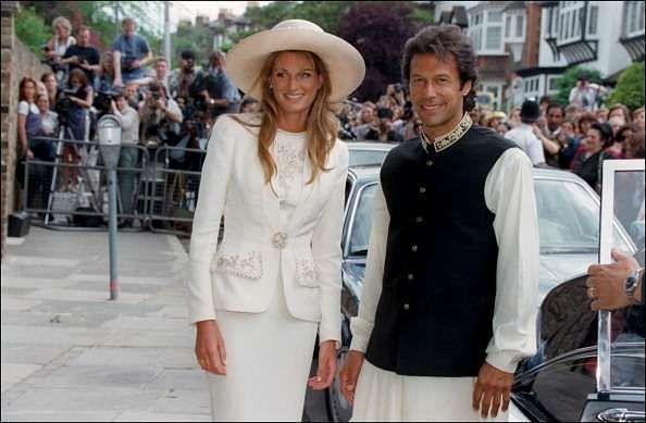 पाकिस्तान के पूर्व कप्तान इमरान ख़ान ने ब्रिटिश महिला जेमिमा से शादी की थी, अब इनका तलाक हो चुका है