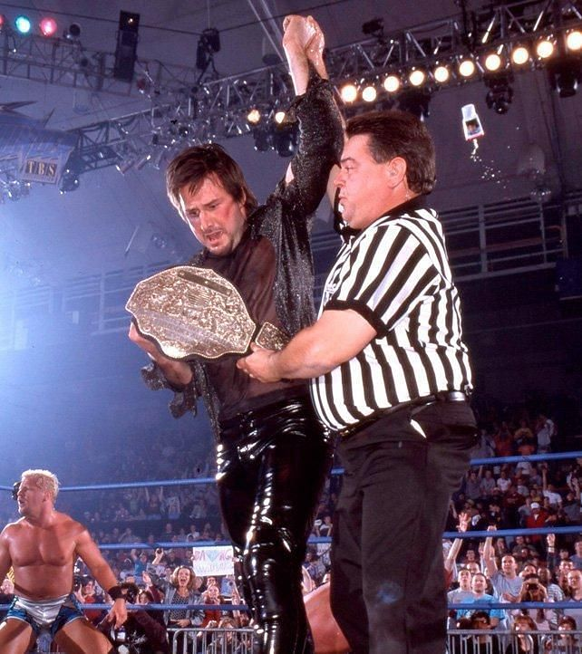 Arquette surprised to win the Title!