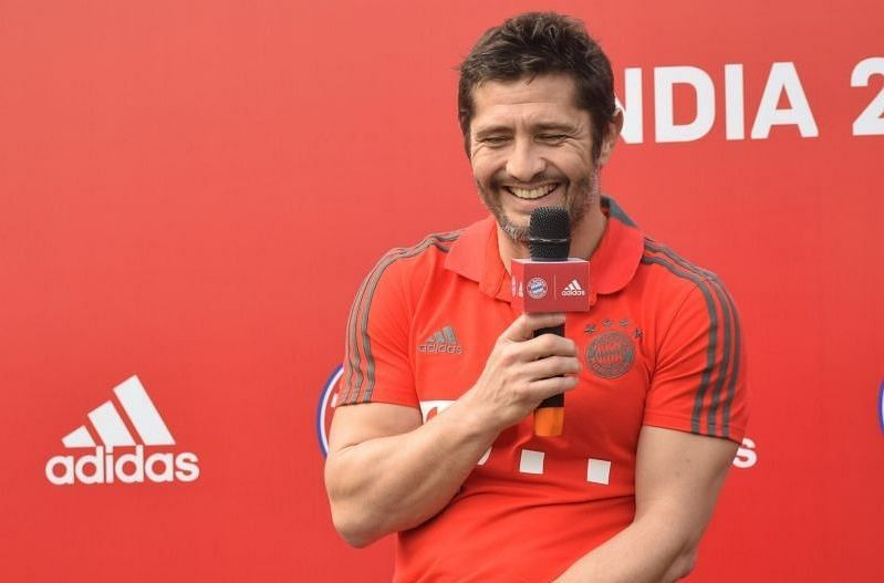 Lizarazu speaking at the finals of the Adidas FC Bayern Youth Cup