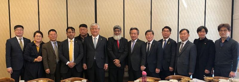 UNESCO TSG members with Mr. Lee Sand Member's Parliament of Republic of Ulsan South Korea and Mr. Lee Kee-heung President of Korean Sport & Olympic Committee