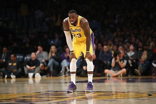 Los Angeles Lakers vs Milwaukee Bucks