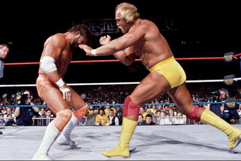 Hulk Hogan takes on Macho Man Randy Savage at Wrestlemania V