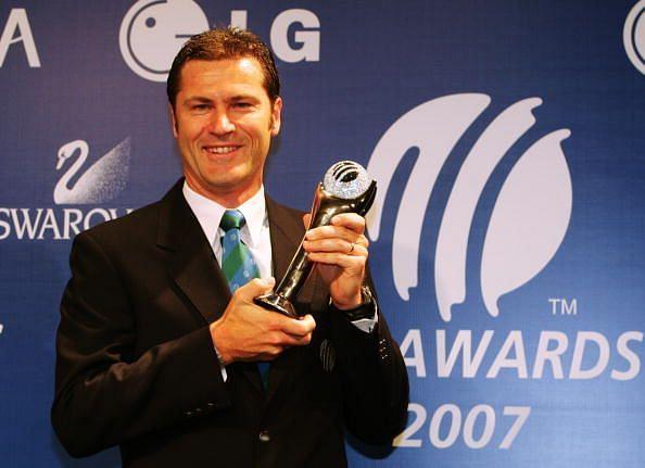 Simon Taufel has won the Prestigious Davis Shephard trophy for a record 5times