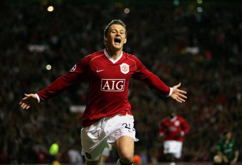 Ole Gunnar Solskjaer playing for Manchester United