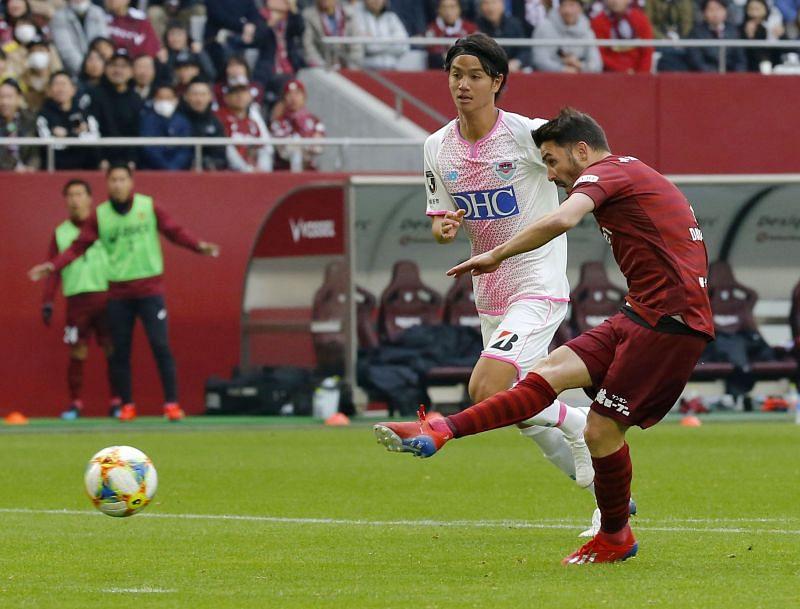 Villa Scores 1st Goal In Japan As Kobe Beats Sagan Tosu 1 0