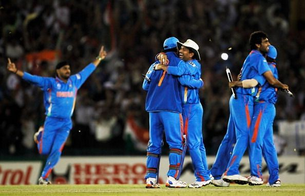 India beat arch-rivals Pakistan in Mohali to reach the 2011 World Cup final