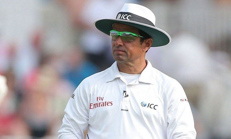 Aleem Dar gave an absolutely dreadful decision against Tendulkar inan ODI series against England