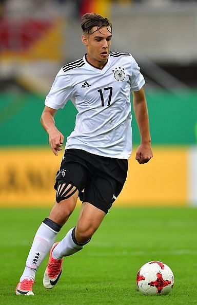 Florian Neuhaus Profile Picture