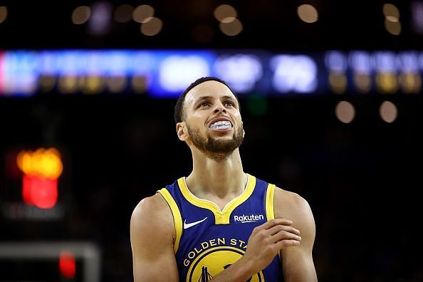 A huge responsibility rests on Curry