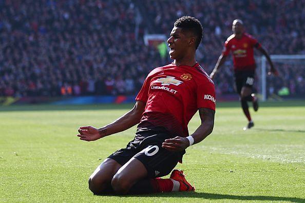 Manchester United Star Striker To Sign New Mega Deal