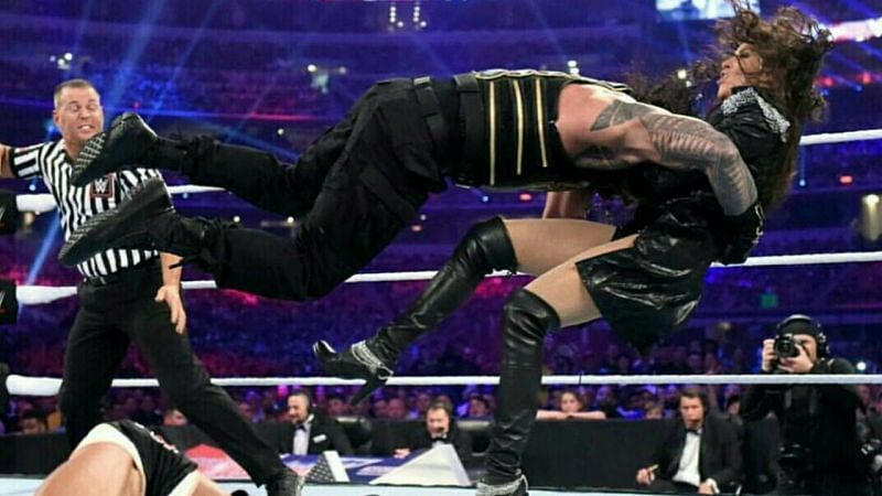 Before Roman Reigns used the Spear, he used a move called the Checkmate