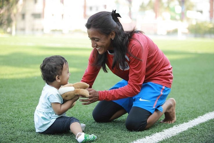 Bangalore United captain Amoolya with her daughter Niveda