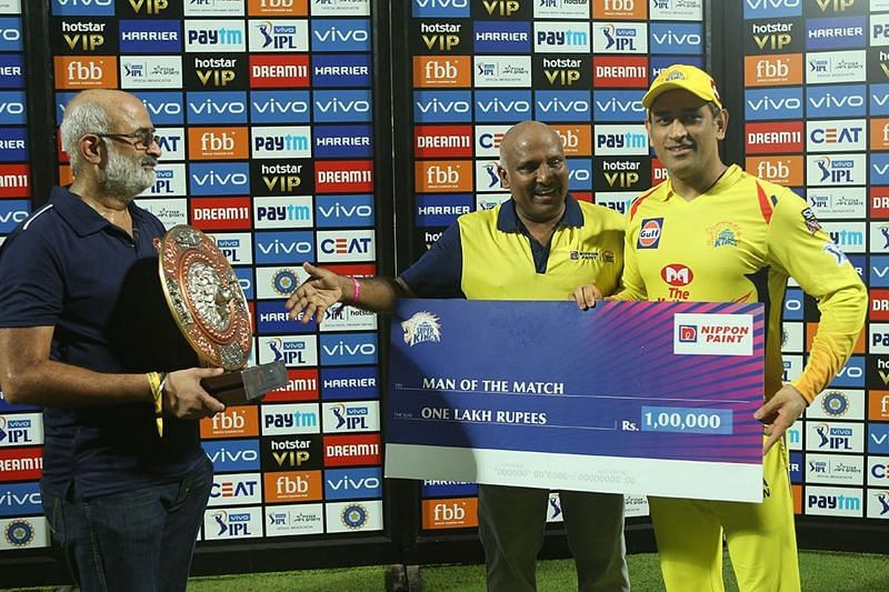 MSD with his Man of the Match Award yesterday.