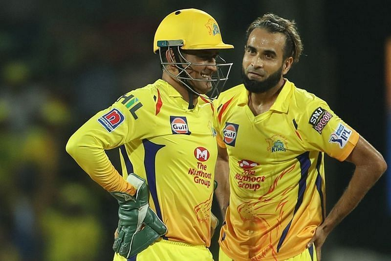MS Dhoni and Imran Tahir (picture courtesy: BCCI/iplt20.com)