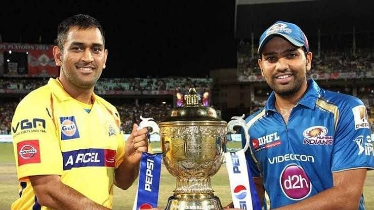 MSD & Rohit Sharma with IPL Trophy.