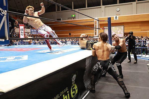 Roppongi 3K in action against the Bullet Club Juniors