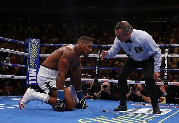 Anthony Joshua struggled to stand up towards the end of the fight