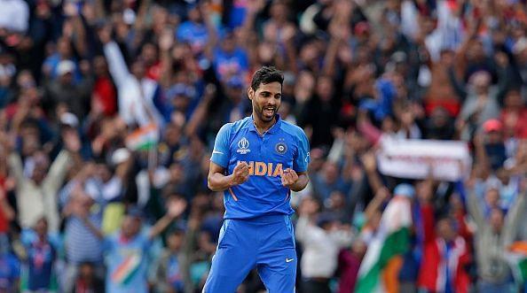 Bhuvaneshwar kumar picks 3 wickets