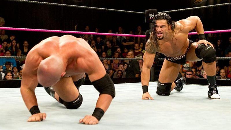 रोमन रेंस NXT