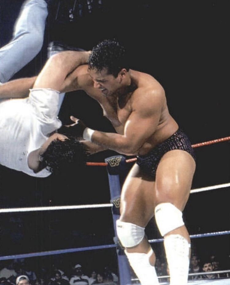 Rocky Maivia vs The Brooklyn Brawler in a house show match in 1996
