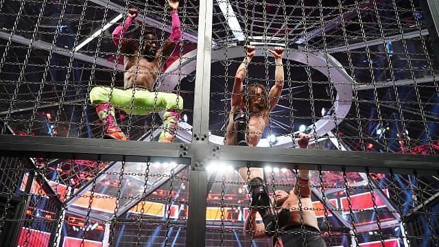 Daniel Bryan and Kofi Kingston battle in the Elimination Chamber