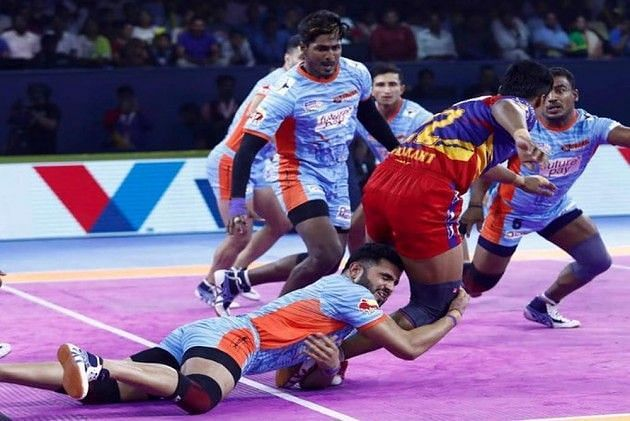 Baldev Singh in the right corner was absolutely brilliant for the Warriors