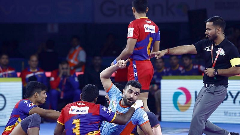 Mohammad Nabibakhsh stunned U.P with his Super Raid.