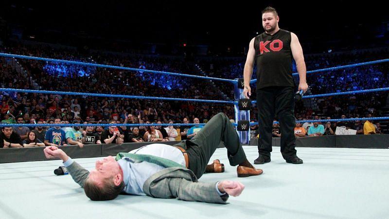 Owens beats up Vince