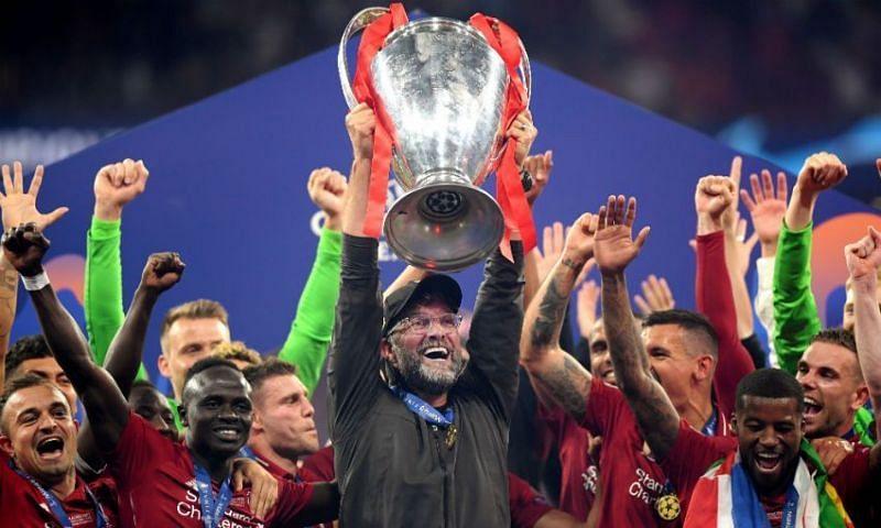 Liverpool manager Jurgen Klopp lifting the Champions League trophy