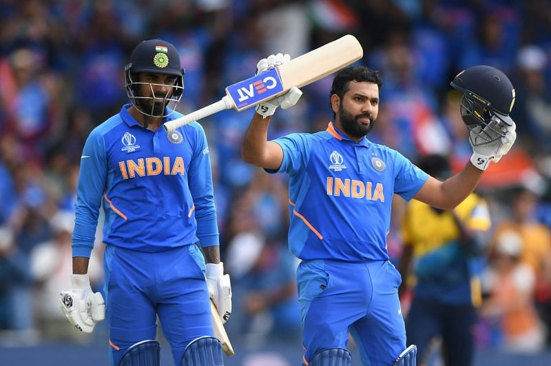 श्रीलंका के खिलाफ शतक जड़ने के बाद रोहित शर्मा