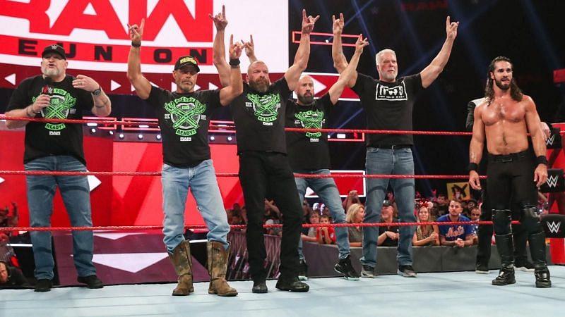 सैथ रॉलिंस और WWE के कई सारे लैजेंड्स