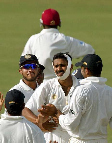 Anil Kumble celebrates the wicket of Brian Lara