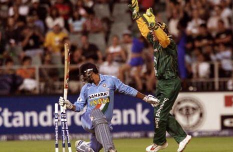दिनेश मोंगिया vs दक्षिण अफ्रीका, 2006