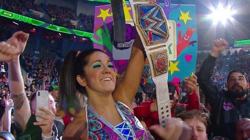 Will Bayley retain her SmackDown Women