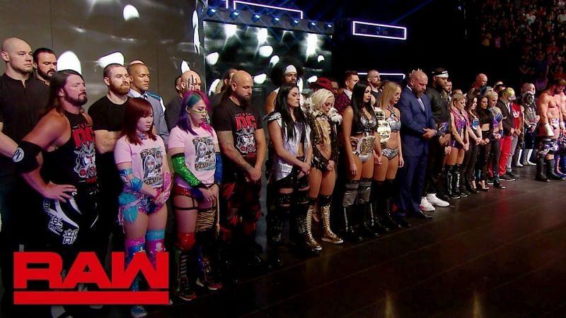WWE रॉ रोस्टर के सुपरस्टार्स
