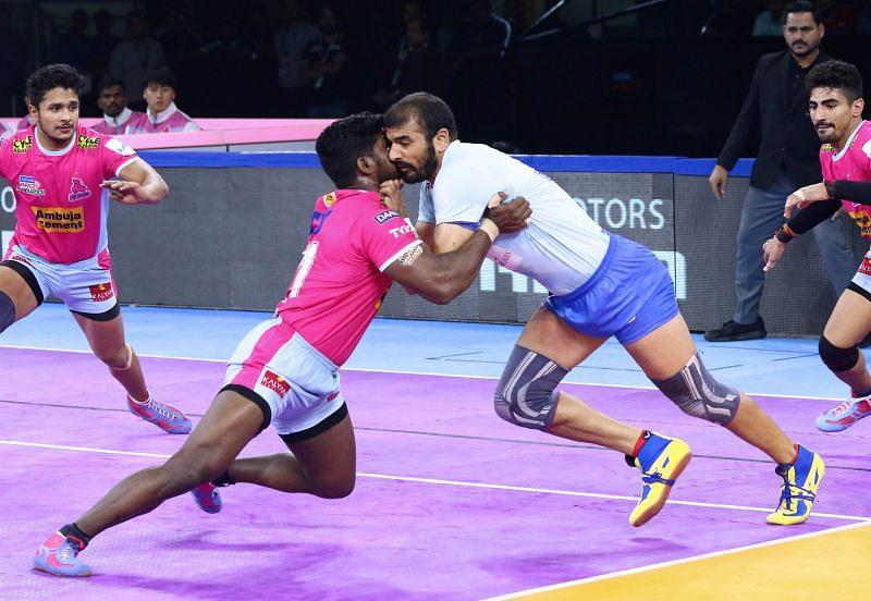 Tamil Thalivas vs Jaipur pink panther