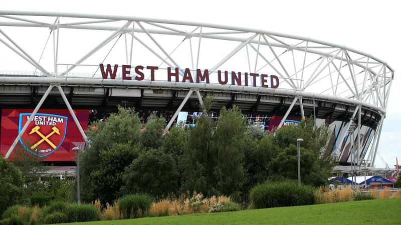 West Ham have signed up a teenage defender