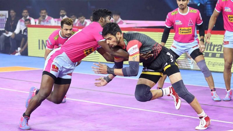 Can skipper Rohit Kumar lead his side to another victory? (Image Courtesy: Pro Kabaddi)