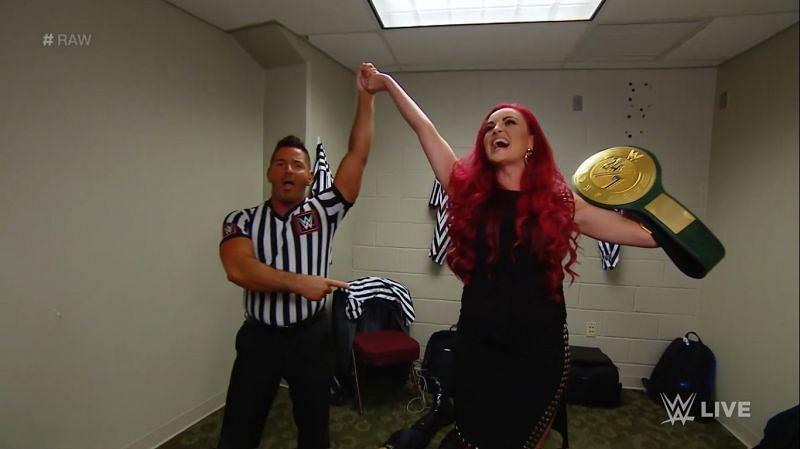 Maria Kanellis wins the title