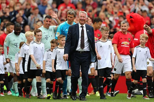 Sir Alex Ferguson with the class of