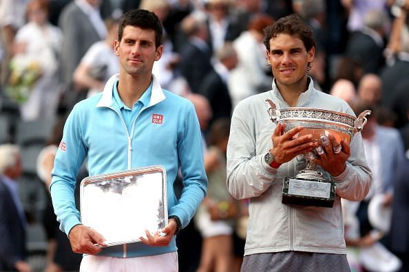Nadal poses with his 5th consecutive French Open title in 2014