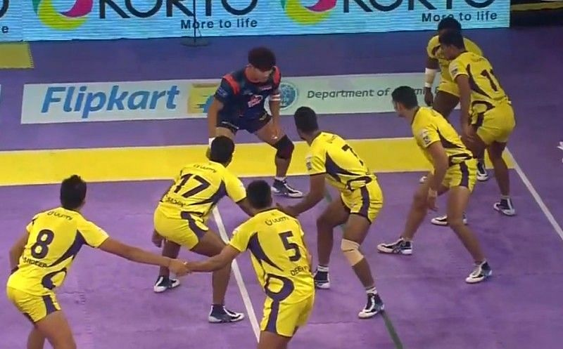 A still from the match between Telugu Titans and Bengal Warriors