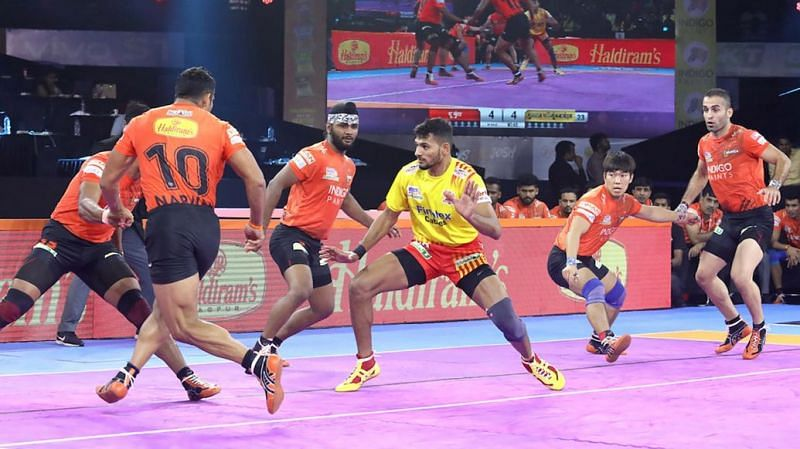 The defence will have to stop Sachin from scoring raid points