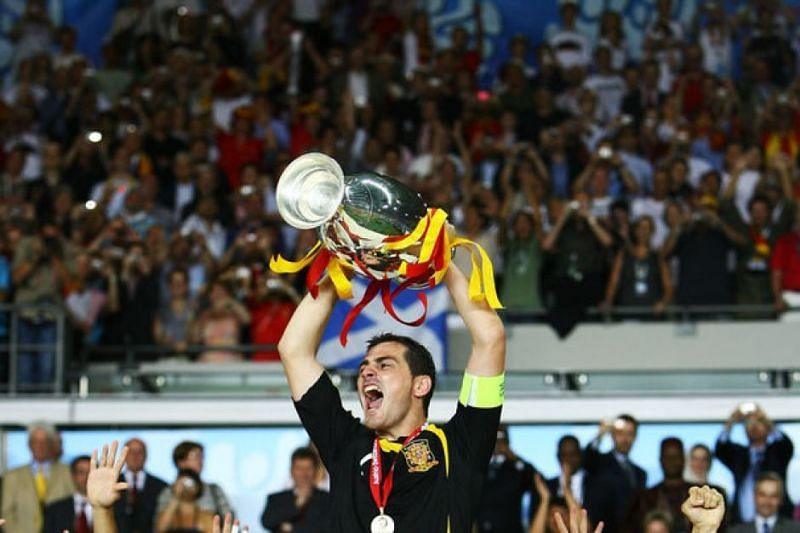 Casillas leads Spain to their 1st European Championships title in 44 years