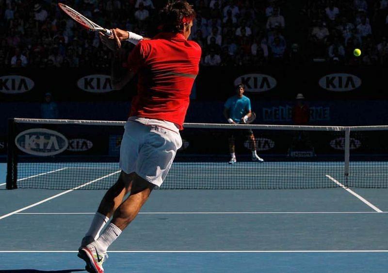 Federer in action against Del Potro in the 2012 Australian Open Quarterfinals