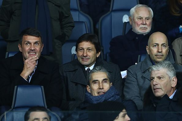 Former manager Leonardo (centre).