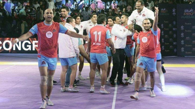 जयपुर पिंक पैंथर्स ने जीता था पहला फाइनल